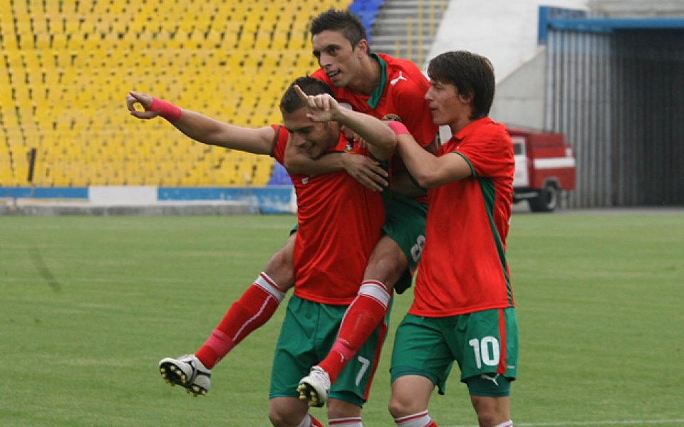 Много слаба защита и нова загуба за България