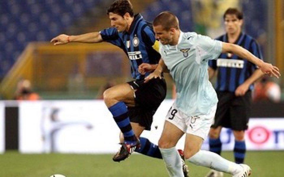 Де Силвестри остава в Лацио