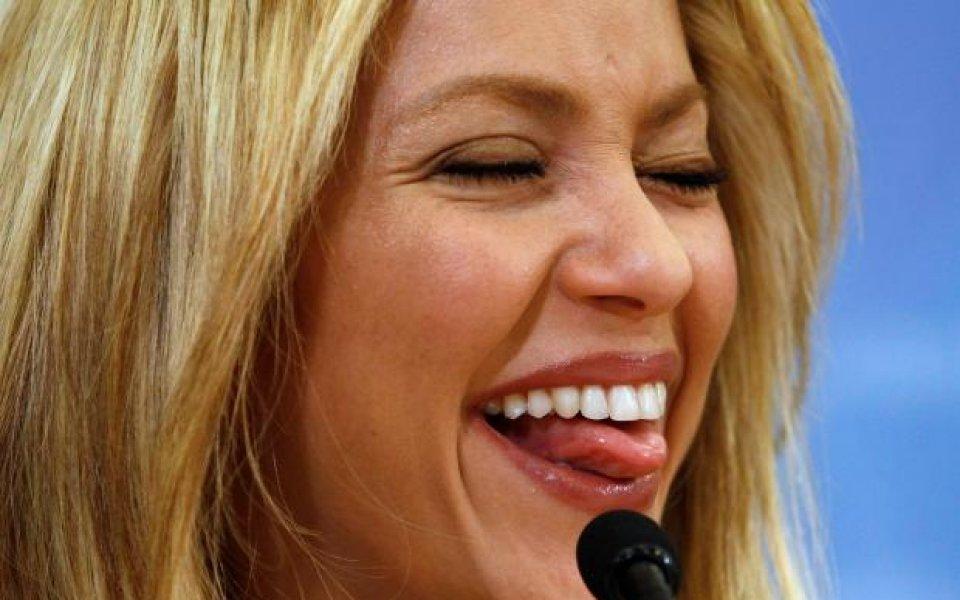 Шакира и Алиша Кийс  ще пеят на откриването на световните финали
