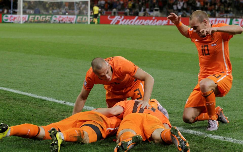 ВИДЕО: Холандия е на финал след 32 години! Лалетата мечтаят за първа титла