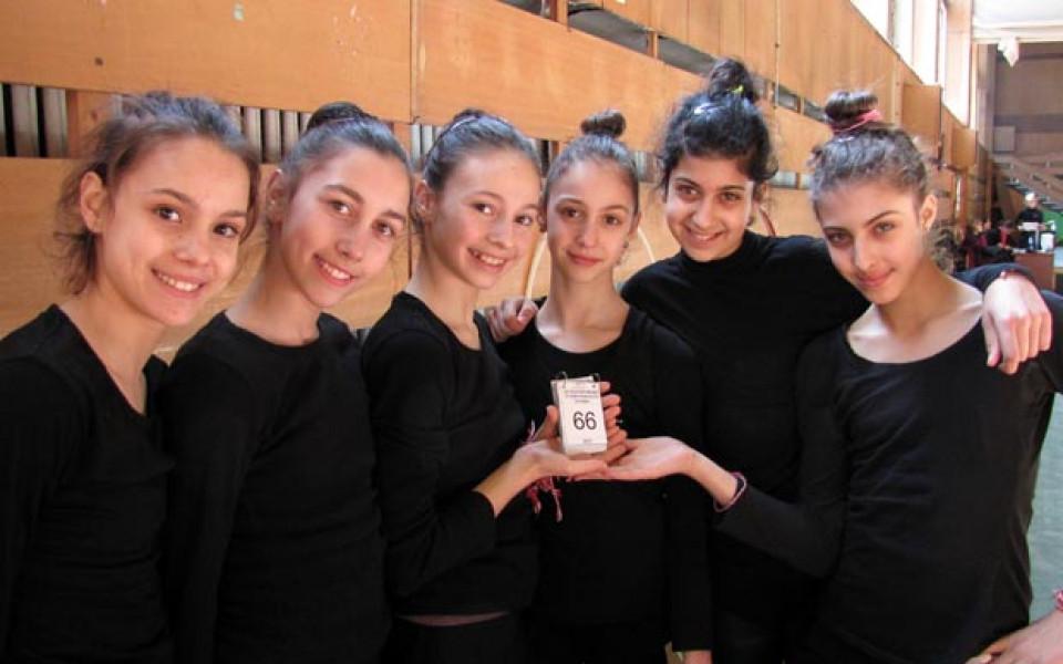 СНИМКИ: 66 дни до най-важното състезание на 6 чаровни момичета