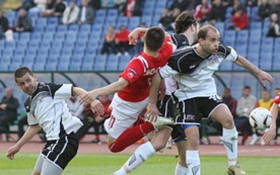 Любимец с класическа победа срещу Сливен