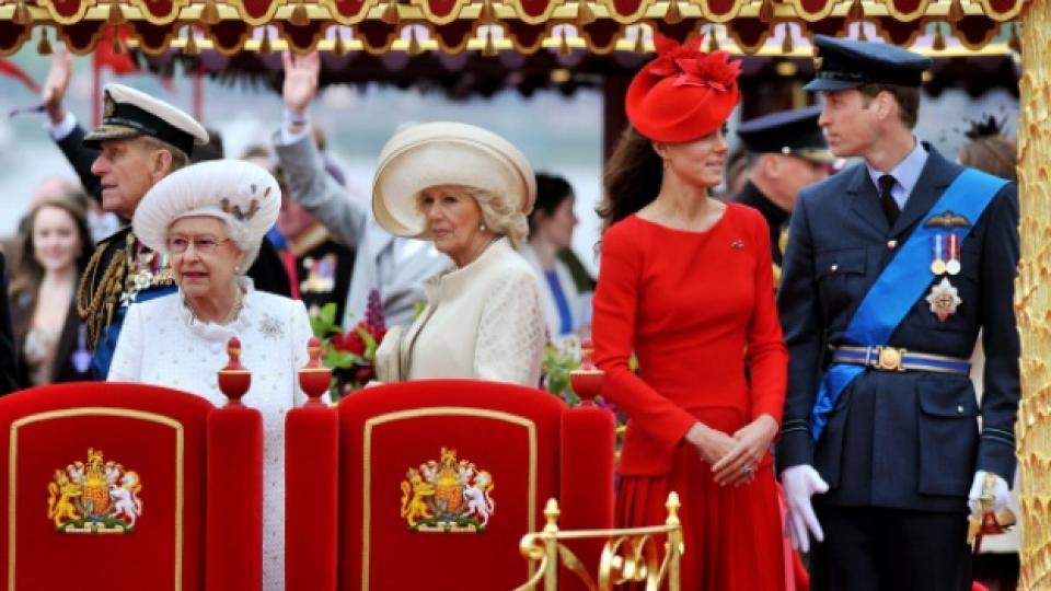 Цялото британско кралско войнство на честванията по повод диамантения 60-годишен юбилей от възкачването на трона на кралица Елизабет II, Лондон, 3 юни 2012 г.