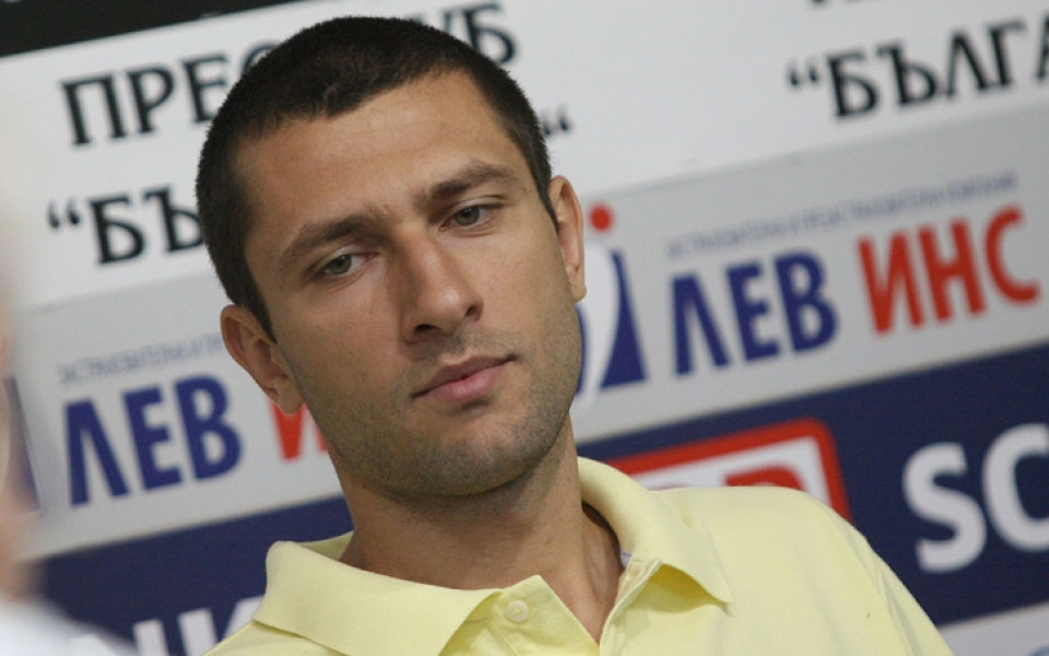 Веско Веселинов с повиквателна за националния, но все още без оферта от Лукойл