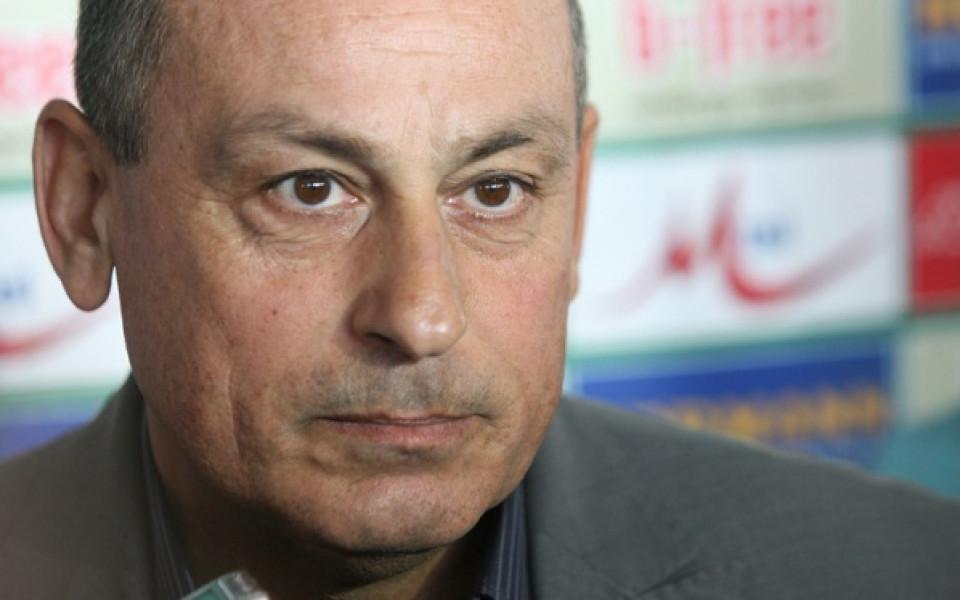 Мишо Мадански: Ще завършим първи в световните квалификации, отборът ми добива по-завършен вид