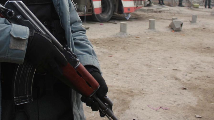 Афганистан: Охранител уби трима чужденци в болница