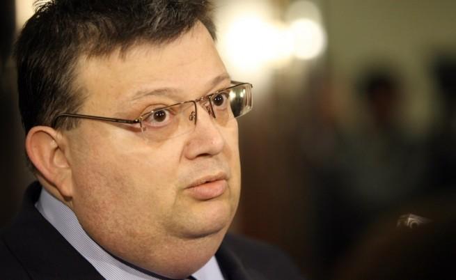 Цацаров: Ненчев ще даде обяснения в прокуратурата