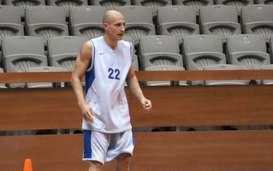 Александър Груев се завръща за Академик Бултекс 99 срещу Балкан