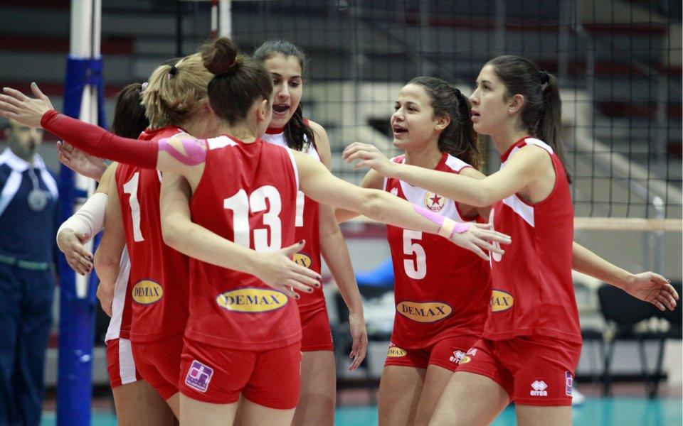 Швейцарски клуб привлече две български волейболистки