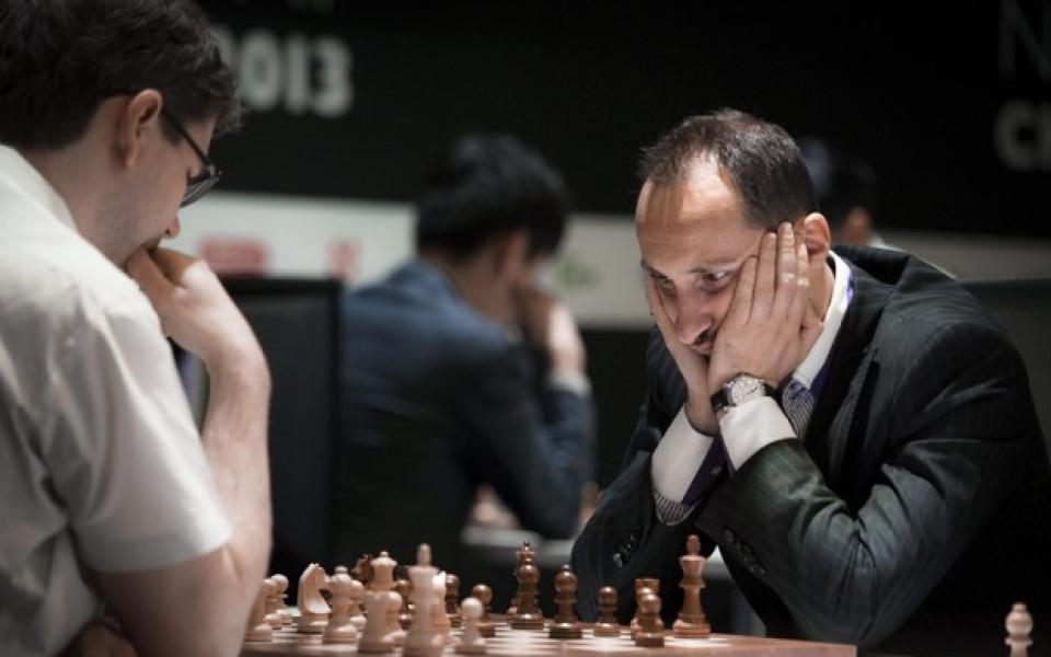 Веско Топалов и братя Пулеви играха шах с млади шампиони