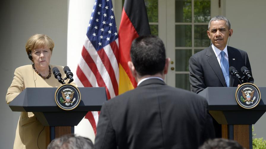 Меркел и Обама заплашиха Русия с нови санкции
