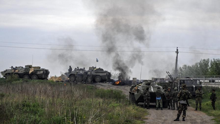 Боевете в Славянск продължават, има убити