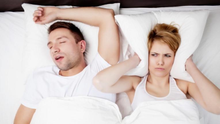 връзки партньори взаимоотношения спалня хъркане раздяла развод