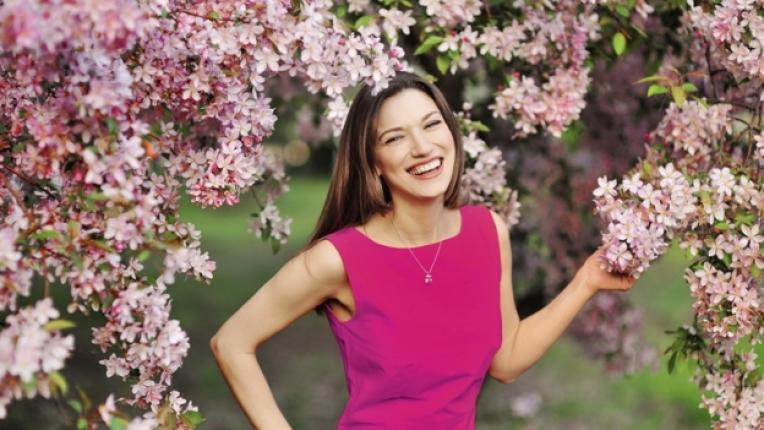 пролет розово щастие жена красота
