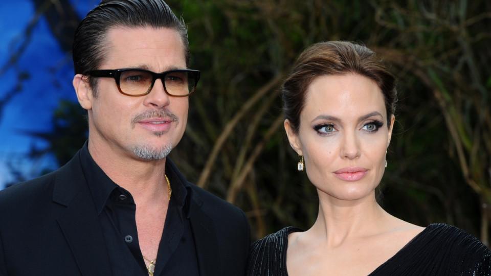 """Прекрасната Анджелина Джоли се появи на премиерата на последния си филм """"Maleficent"""" заедно с Брад Пит под ръка"""