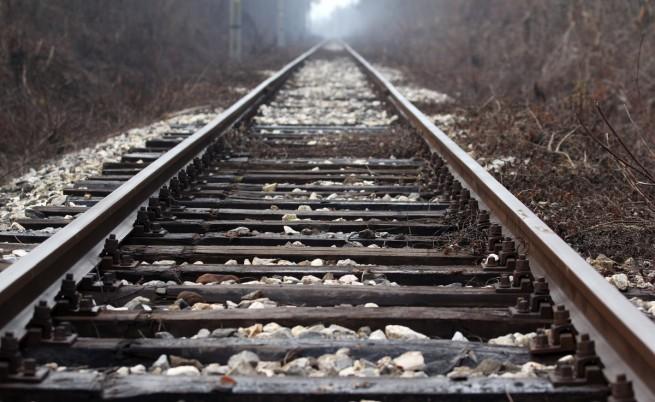 Международният влак Солун-Белград прегази 14 имигранти край Велес