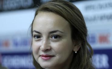 Антоанета Стефанова тръгна с успех в Гибралтар