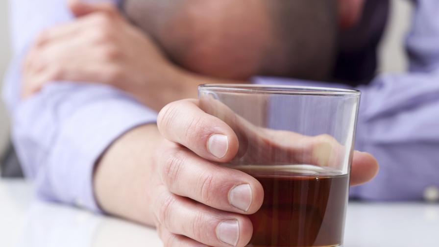 Повечето злоупотребяващи с алкохол не били алкохолици