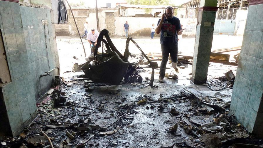 Ирак: 19 души са загинали при атентати с коли бомби