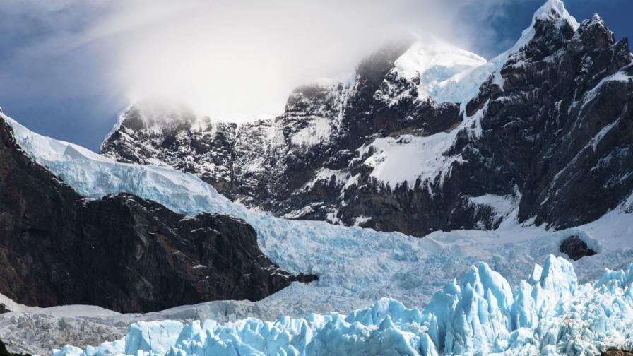 Човекът е допринесъл за топенето на 70% от ледовете