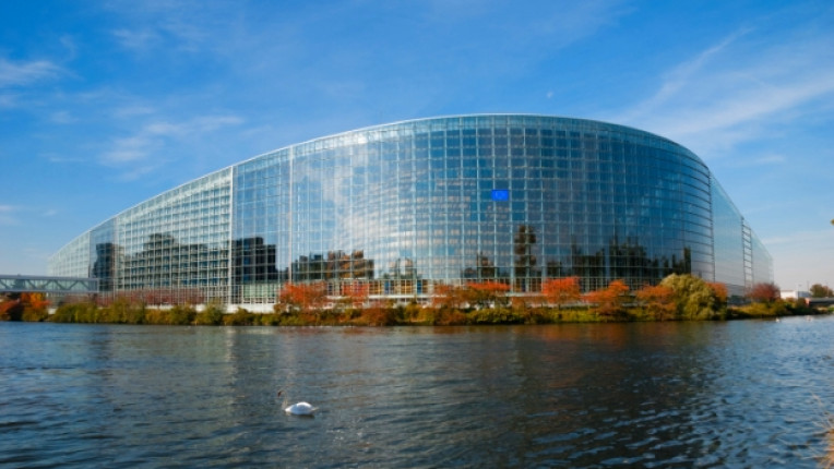страсбург европейски парламент