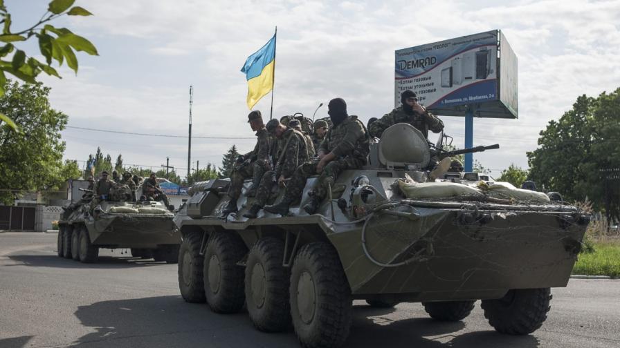 Руски танкове са навлезли в Украйна