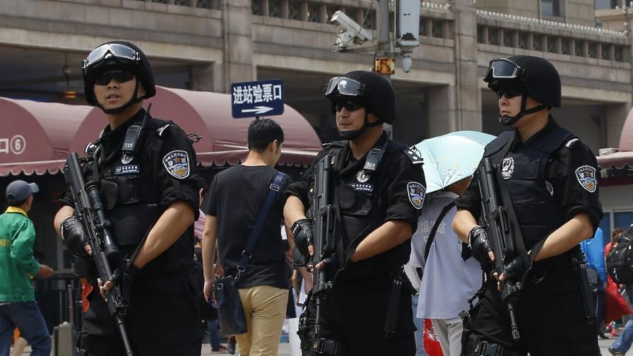 Пекин: Атентаторите в Урумчи са получили подкрепа отвън
