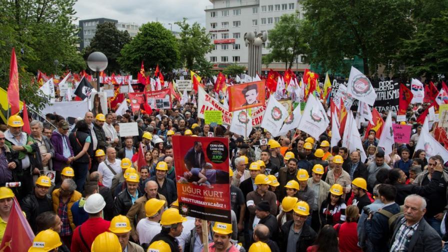 Масов протест срещу посещението на Ердоган в Кьолн
