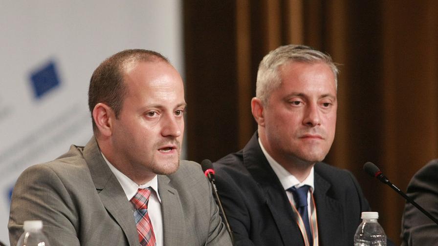Радан Кънев срещу Божидар Лукарски в битката за лидер на РБ