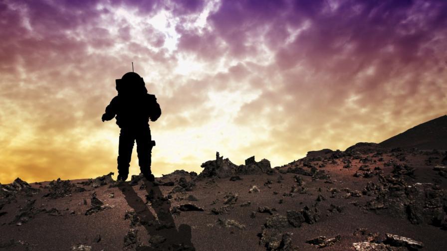 НАСА потвърди: Ще изпрати хора на Марс до 2035 г.