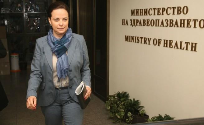 Андреева обеща преглед на цялата нормативна уредба, засягаща спешната помощ