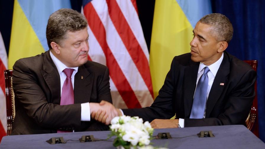 """Обама осъди """"тъмните маневри"""" на Русия срещу Украйна"""