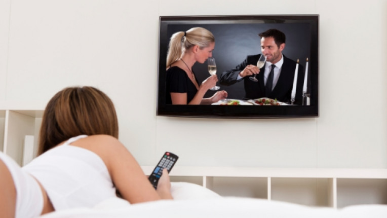партньор връзка спалня телевизор секс двойка интимност