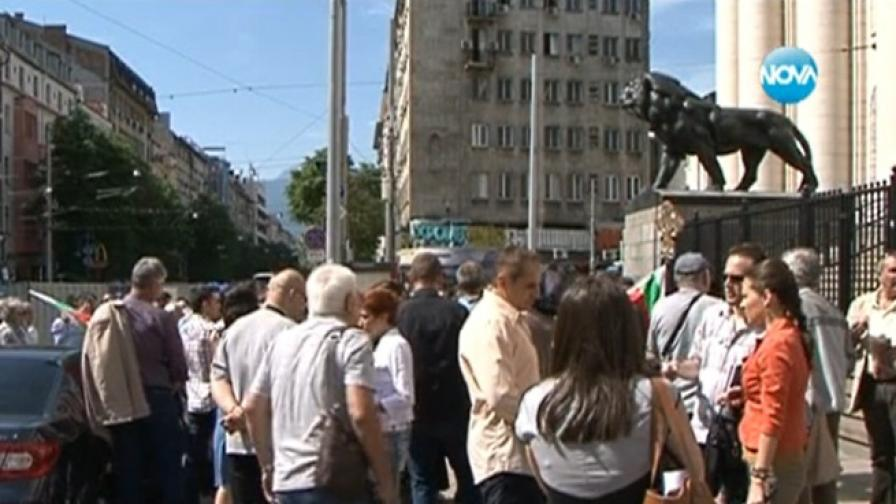 Дупница и Кюстендил скочиха срещу Главното мюфтийство