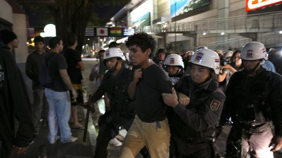 Бразилия: Стрелба пред хотел с чужди футболисти