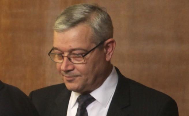 Подуправител на БНБ е обвиняем за престъпления по служба