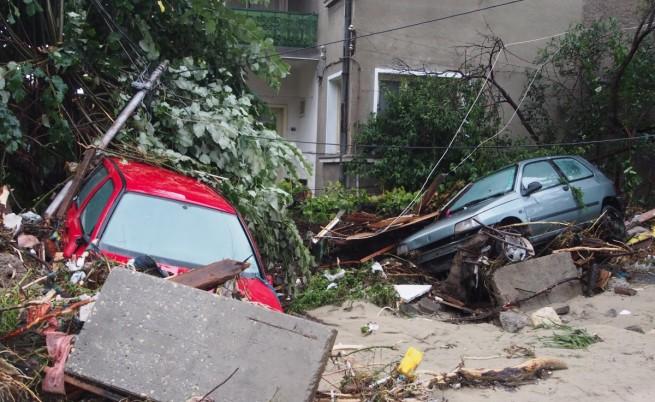 Североизточна България се съвзема от шока след наводненията