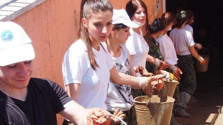 Млади доброволци от Варна станаха европейци на 2014 г.