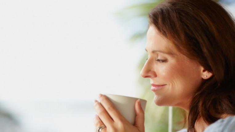 зелен чай кръвна група билки кортизол джинджифил червена боровинка женшен