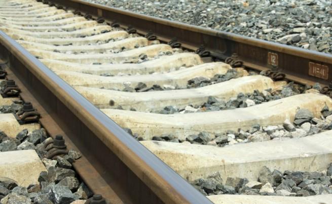Пиян служител на БДЖ подал фалшив сигнал за бомба във влак