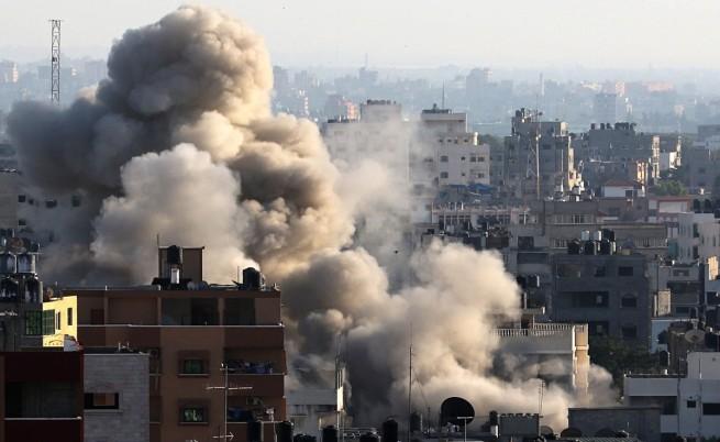 Броят на пострадалите от израелските удари в Газа мина 1000 души