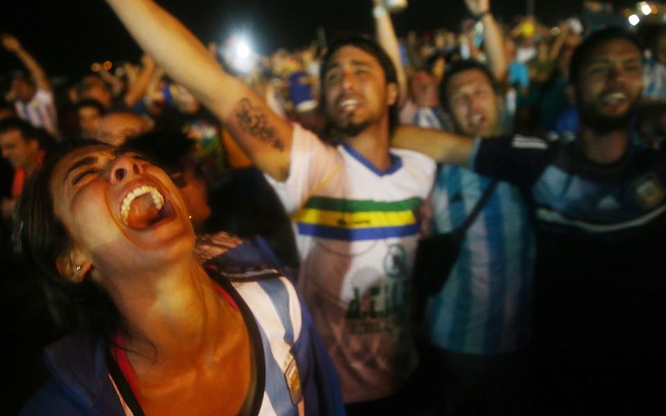 Аржентински фенове стреляха по дома на клубния президент заради лоши резултати