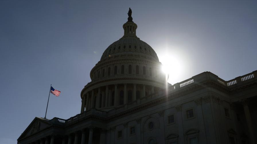 САЩ: Част от сградата на Конгреса – затворена заради азбест