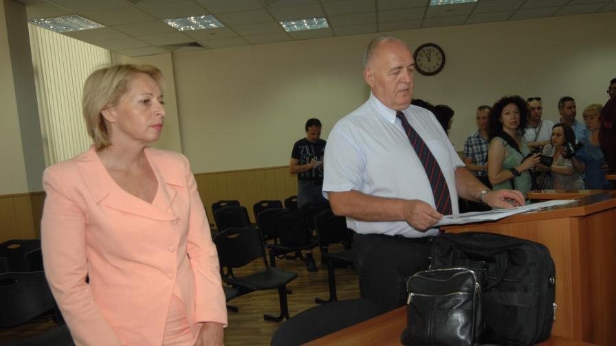 Съдът отстрани от длъжност пловдивския районен кмет Райна Петрова