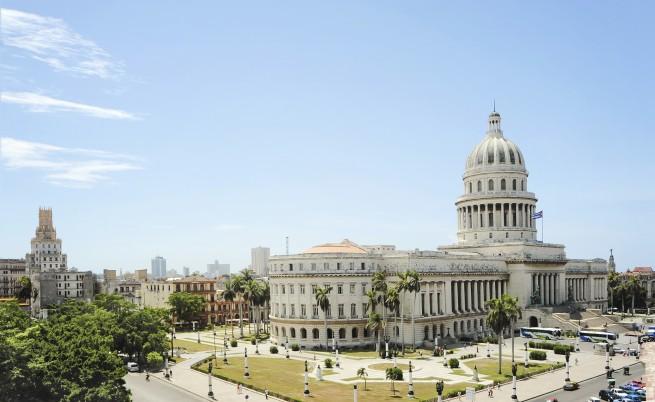САЩ и Куба възстановяват дипломатически отношения