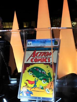 """Първата книжка на """"Екшън комикс"""" (Action Comics)"""