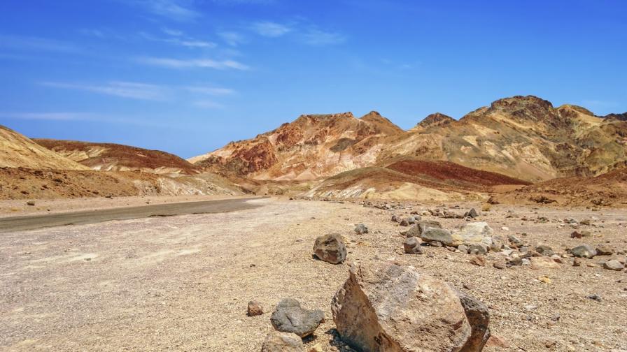 Разкриха тайната на движещите се камъни в Долината на смъртта