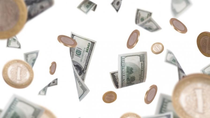За 220 г. най-богатият човек може и да похарчи парите си