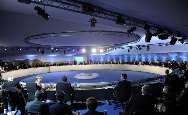 Украйна ще получи от НАТО 15 млн. евро за военни реформи