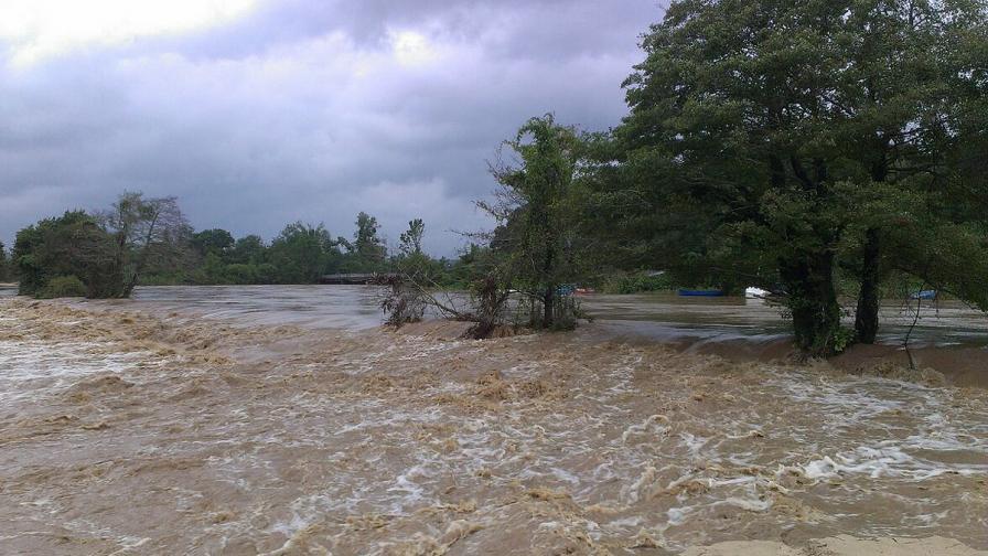 Преливащата Дяволска река в Приморско